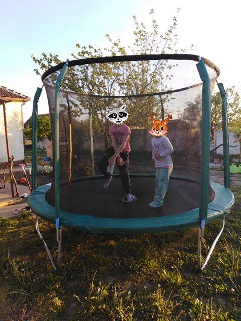 velika trambolina za decu